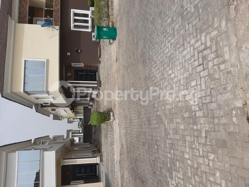 4 bedroom Semi Detached Duplex for rent Shoprite Road, Monastery Road Sangotedo Ajah Lagos - 15