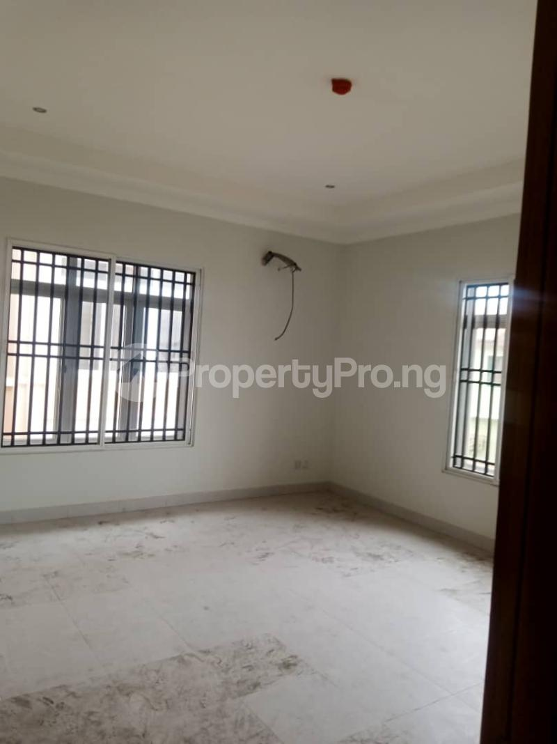 4 bedroom Terraced Duplex for rent Alaka Estate Off Western Avenue Alaka Estate Surulere Lagos - 4