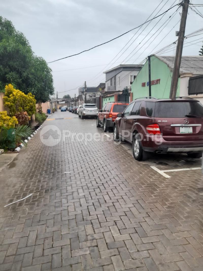 4 bedroom Terraced Duplex for rent Millenuim/UPS Gbagada Lagos - 9