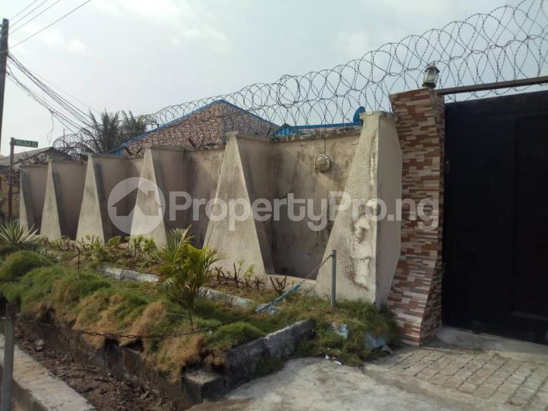 4 bedroom Detached Bungalow House for sale off sapele road after bypass Oredo Edo - 2