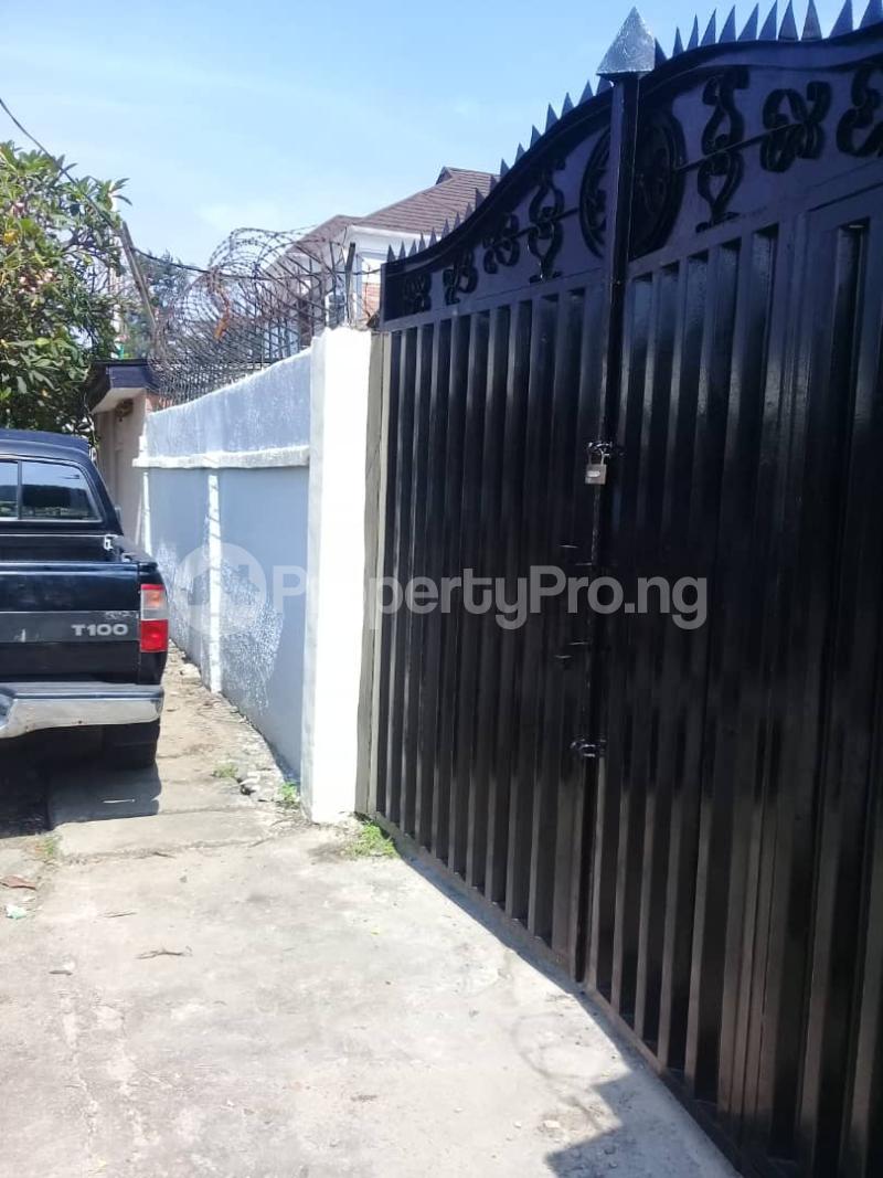 6 bedroom Detached Bungalow House for rent Ladipo Labinjo Bode Thomas Surulere Lagos - 0