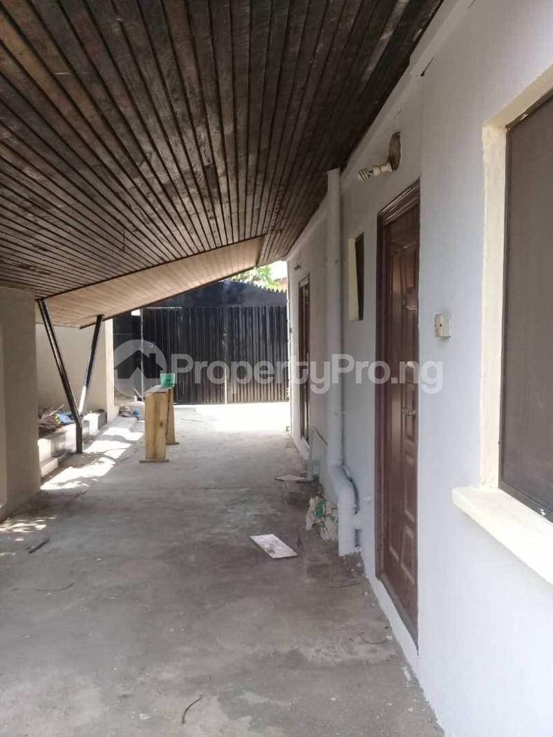 6 bedroom Detached Bungalow House for rent Ladipo Labinjo Bode Thomas Surulere Lagos - 5