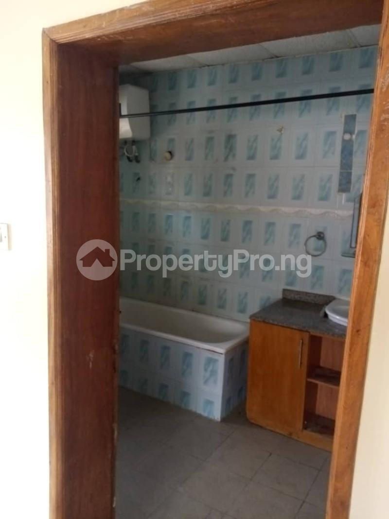 4 bedroom Semi Detached Duplex for rent By Jacob Mews Estate Alagomeji Yaba Lagos - 2