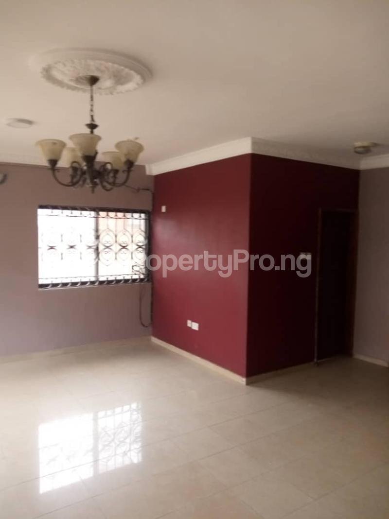4 bedroom Semi Detached Duplex for rent By Jacob Mews Estate Alagomeji Yaba Lagos - 5