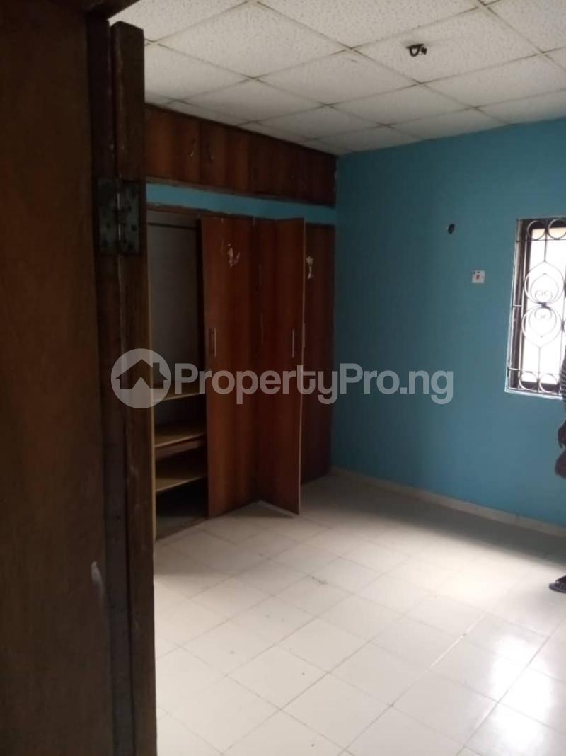 4 bedroom Semi Detached Duplex for rent By Jacob Mews Estate Alagomeji Yaba Lagos - 4