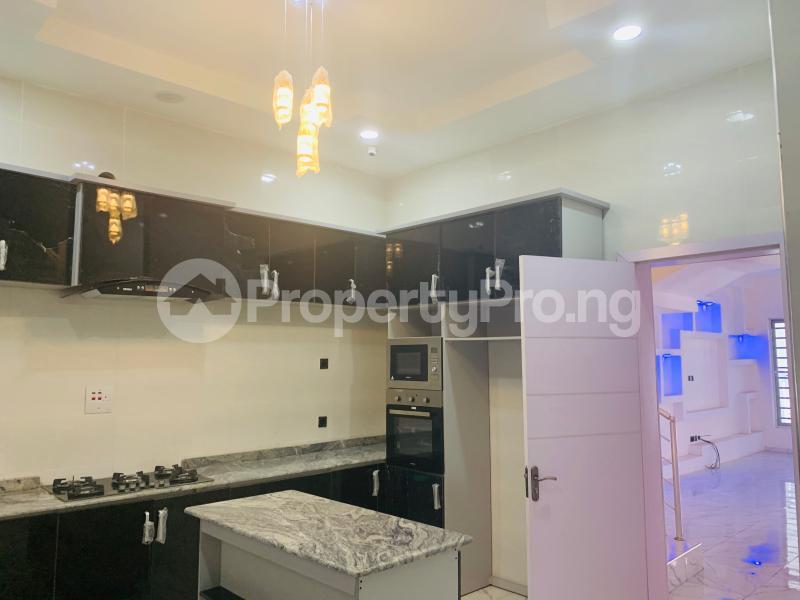 4 bedroom Semi Detached Duplex House for sale Bera Estate  chevron Lekki Lagos - 11