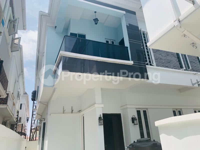 4 bedroom Semi Detached Duplex House for sale Bera Estate  chevron Lekki Lagos - 7