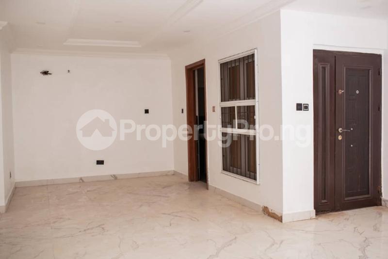4 bedroom Terraced Duplex for sale Off Kusenla Ikate Lekki Lagos - 21
