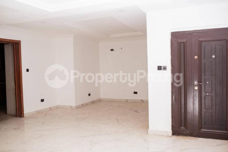4 bedroom Terraced Duplex for sale Off Kusenla Ikate Lekki Lagos - 22