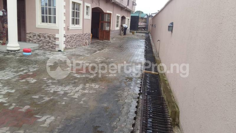 4 bedroom Terraced Duplex House for rent Medina  Medina Gbagada Lagos - 2