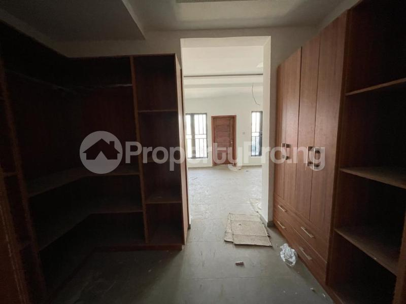 4 bedroom Terraced Duplex House for sale Behind Enyo Filling Station, Chisco Bustop  Ikate Lekki Lagos - 10