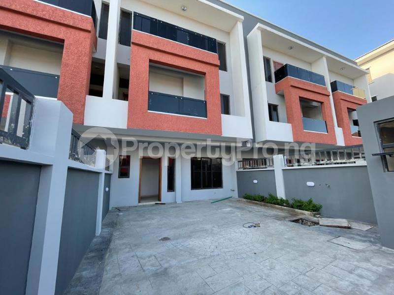 4 bedroom Terraced Duplex House for sale Behind Enyo Filling Station, Chisco Bustop  Ikate Lekki Lagos - 11