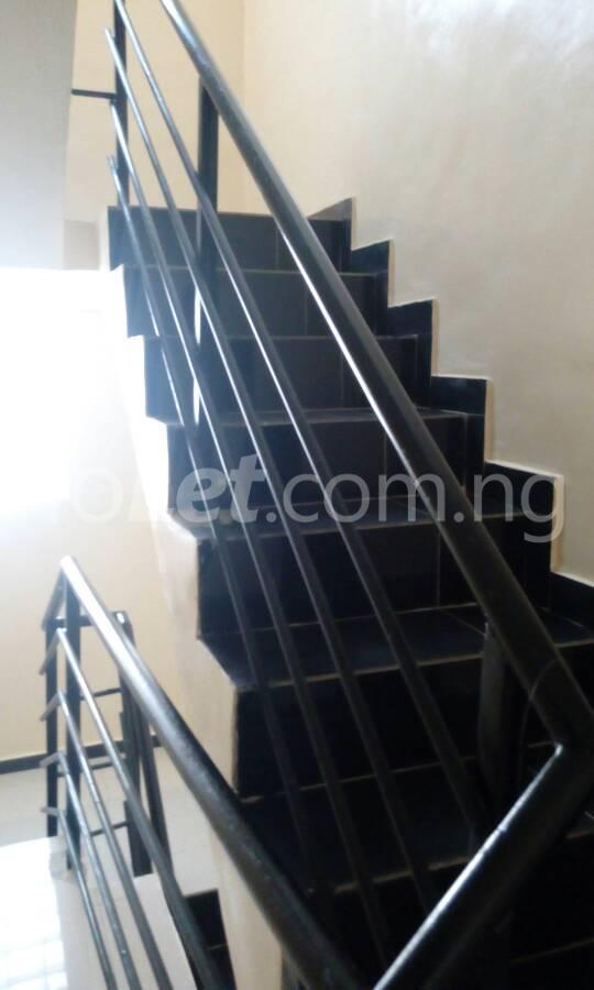 2 bedroom Flat / Apartment for sale OFF THE MAJOR AGUNGI ROAD Agungi Lekki Lagos - 4