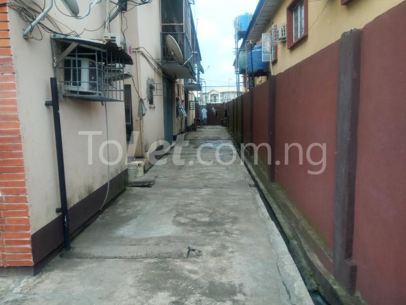 4 bedroom Flat / Apartment for sale off Adelabu Masha Surulere Lagos - 4