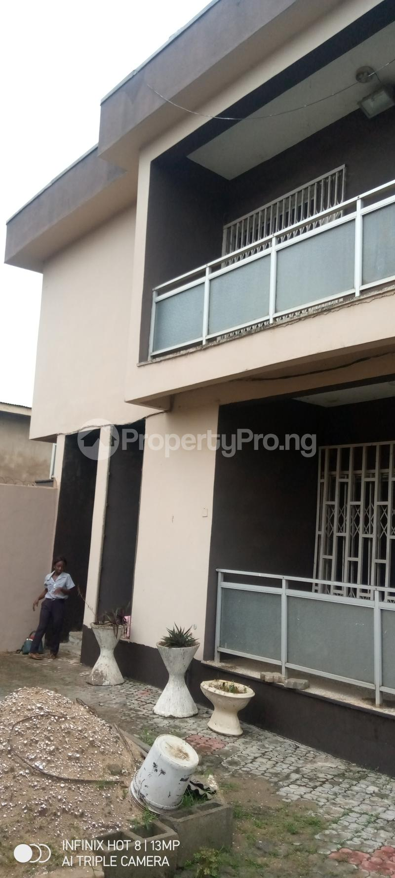 5 bedroom Detached Duplex House for sale Ago palace way Isolo Lagos - 5