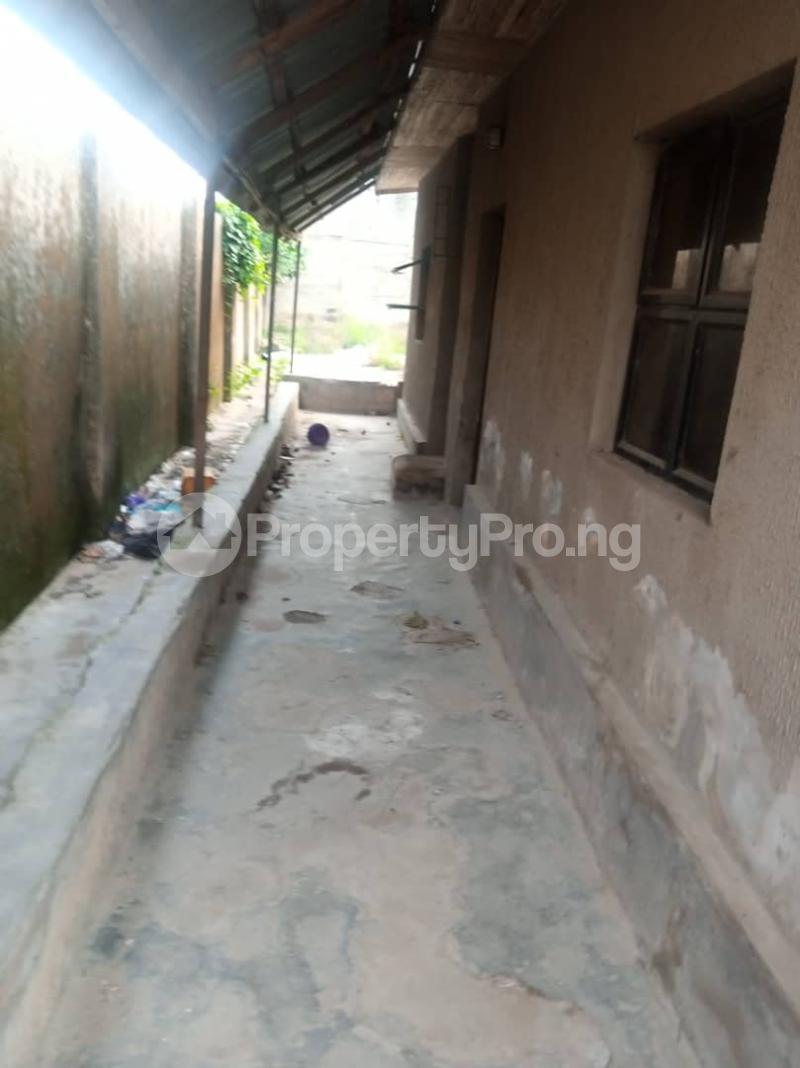 5 bedroom Semi Detached Bungalow House for sale 22,yomi Oshikoya Street Sholebo Estate Ebute Ikorodu Lagos - 5