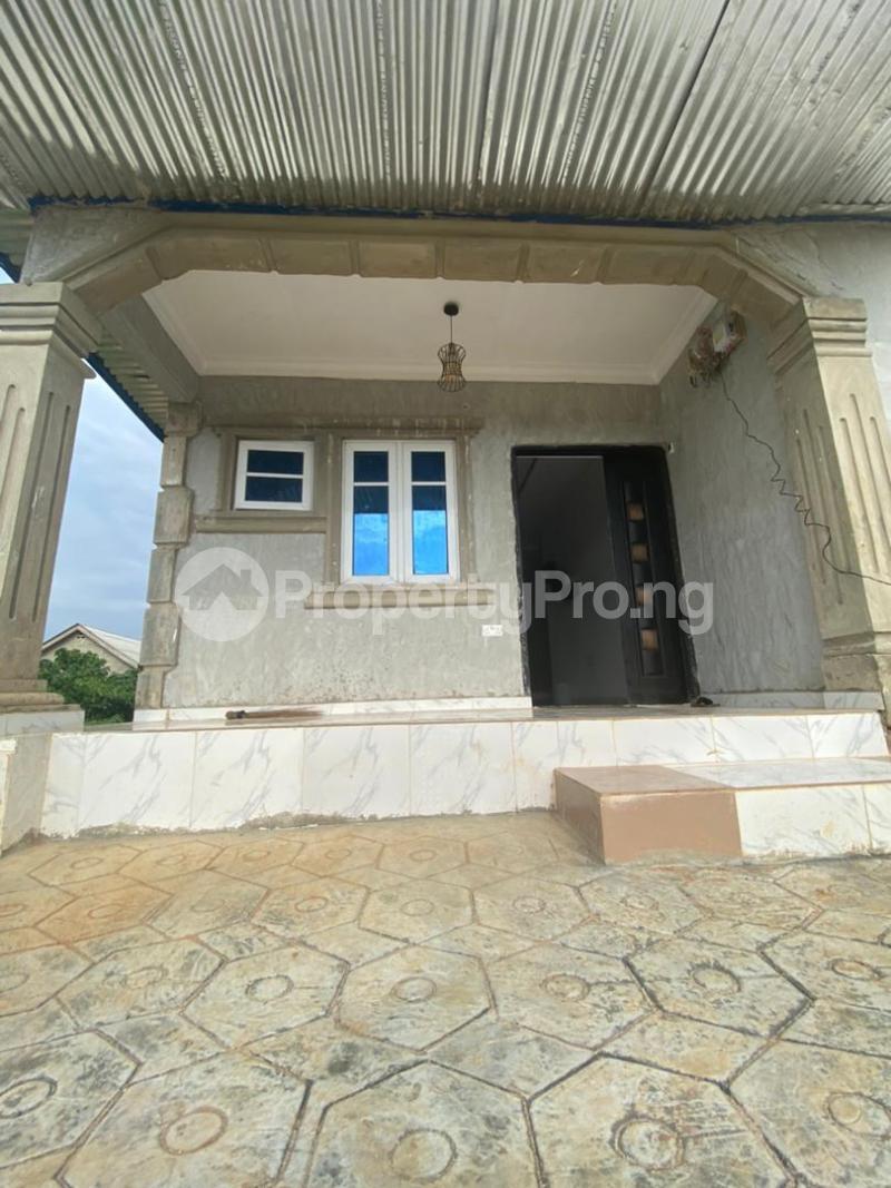 5 bedroom Terraced Bungalow for sale Adamo Ijede Ikorodu Lagos - 0