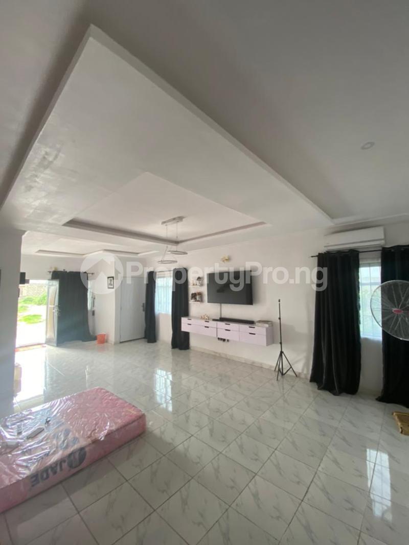 5 bedroom Terraced Bungalow for sale Adamo Ijede Ikorodu Lagos - 1