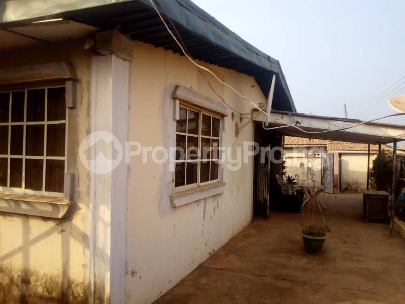 5 bedroom Detached Bungalow House for sale off FUTA South Gate Road Akure Ondo - 4