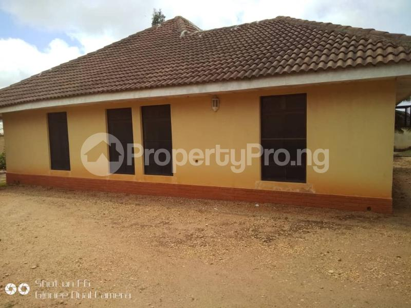 5 bedroom Detached Bungalow for sale Before Mees Palace, Resort Road Jos South Jos South Plateau - 3