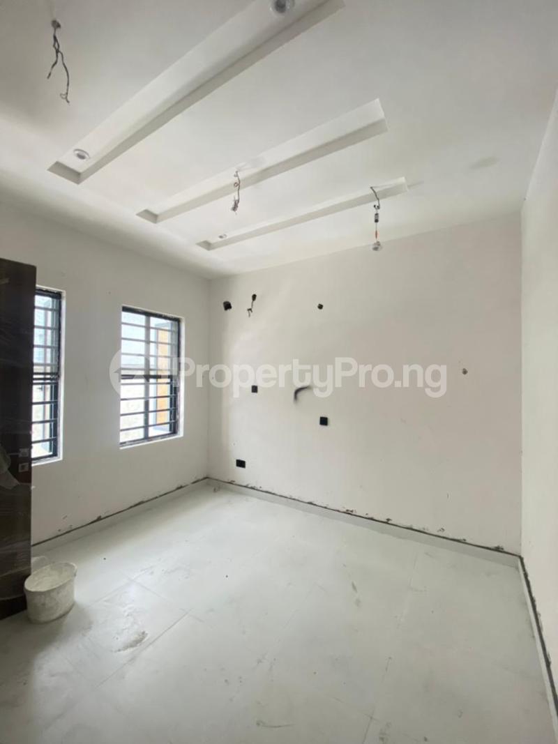 4 bedroom Terraced Duplex for sale Ologolo Lekki Lagos - 3