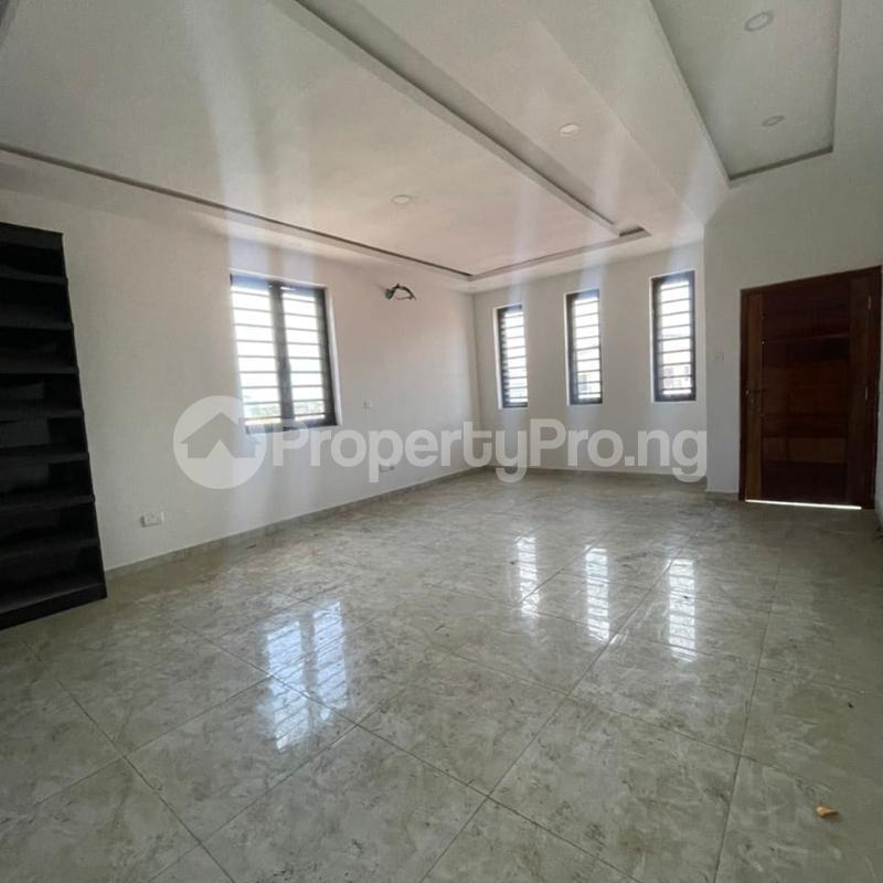 5 bedroom Detached Duplex for rent Ilasan Lekki Lagos - 1