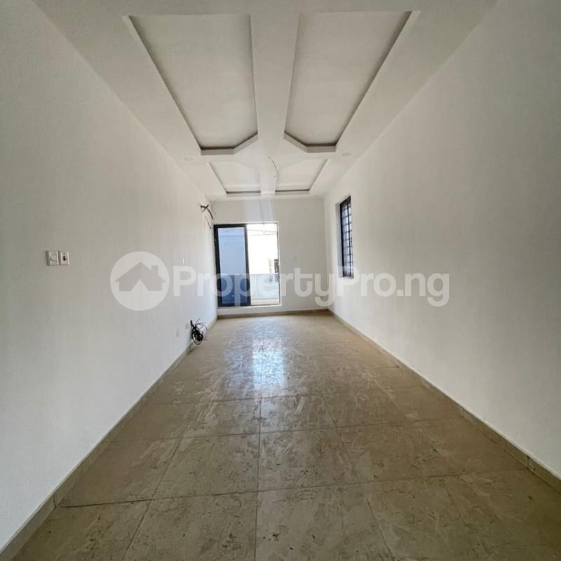 5 bedroom Detached Duplex for rent Ilasan Lekki Lagos - 3