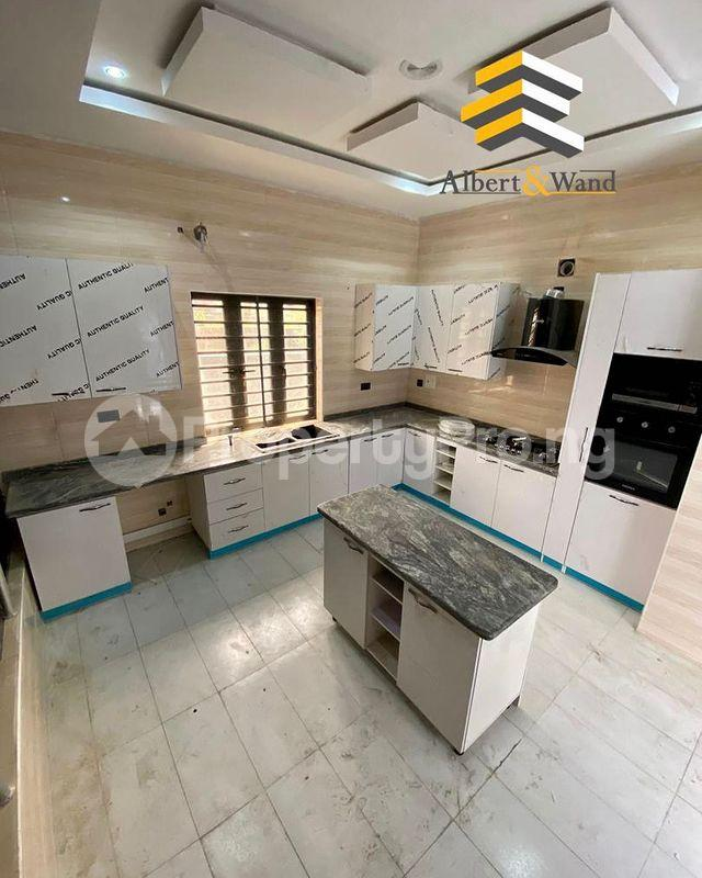 5 bedroom Detached Duplex House for sale Ologolo Lekki Lagos - 0