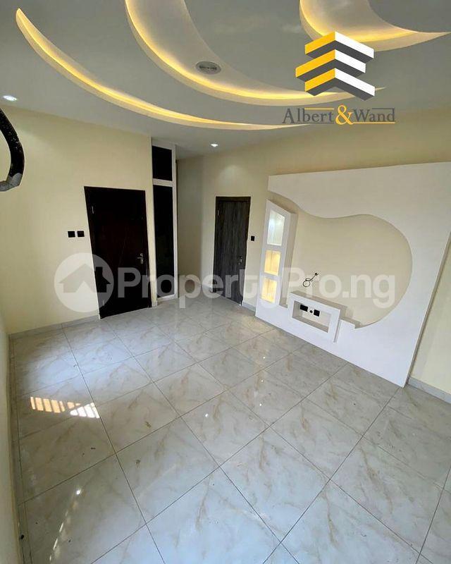 5 bedroom Detached Duplex House for sale Ologolo Lekki Lagos - 5