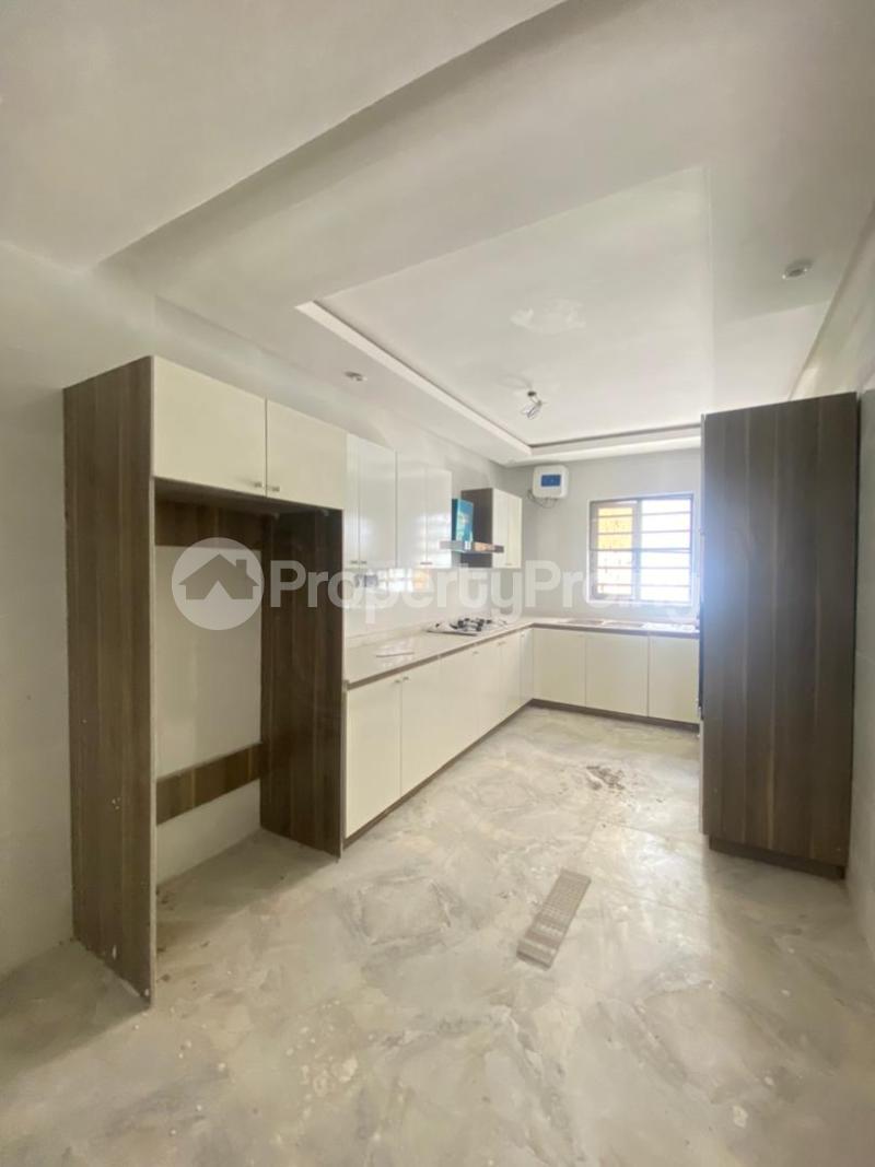 4 bedroom Terraced Duplex for sale Ologolo Lekki Lagos - 5