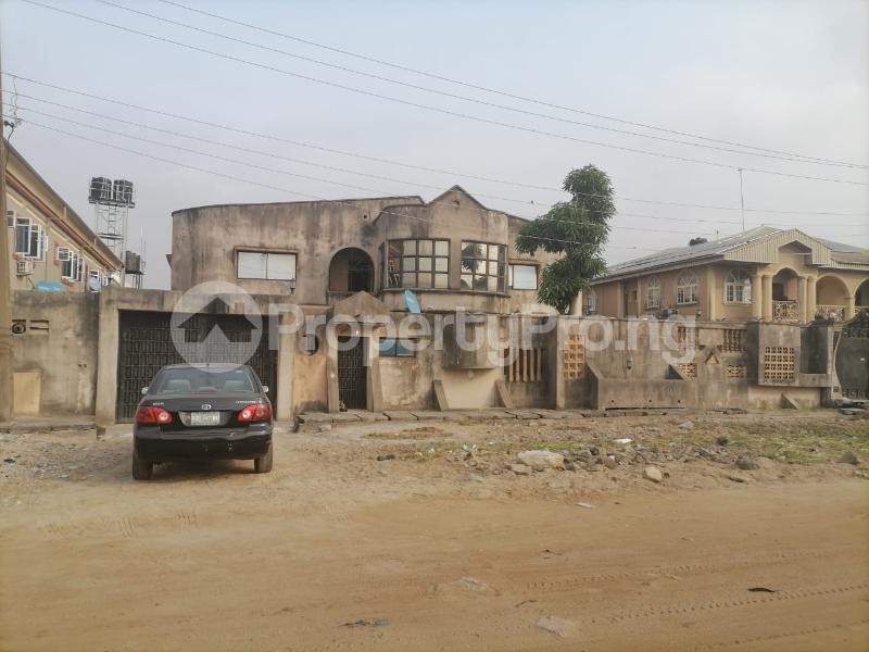 5 bedroom Detached Duplex House for sale Ilupeju Lagos - 3