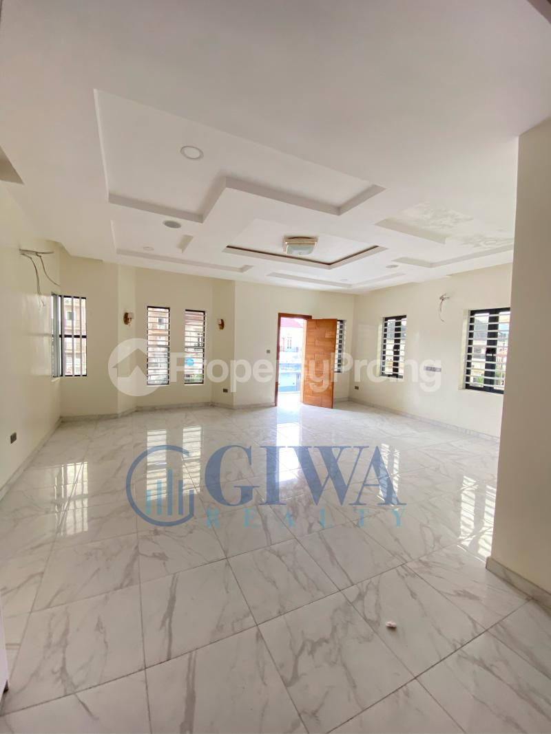 5 bedroom Detached Duplex House for sale Osapa london Lekki Lagos - 9