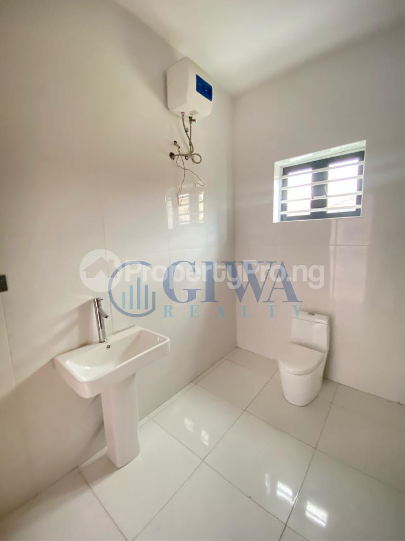 5 bedroom Detached Duplex House for sale Osapa london Lekki Lagos - 13