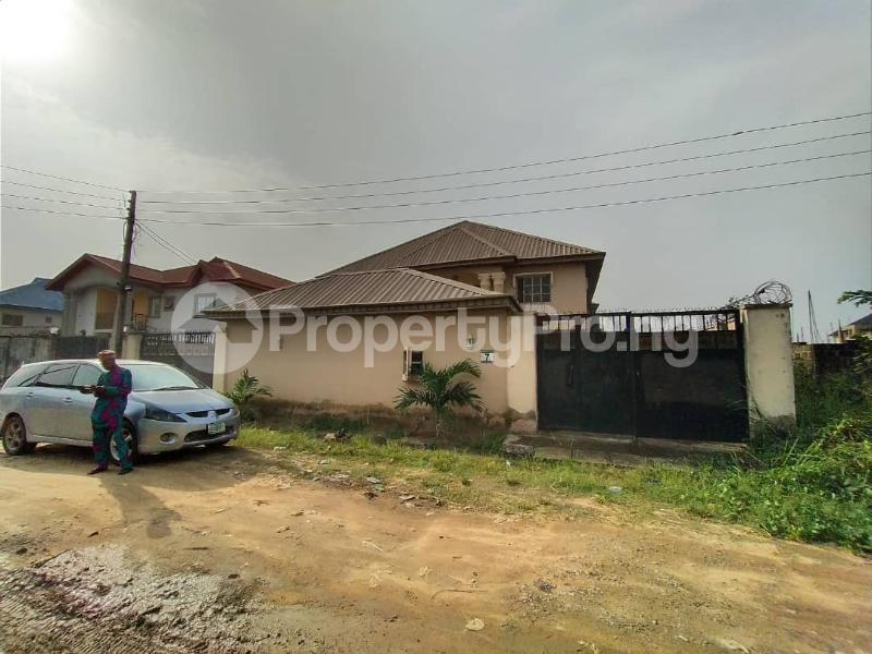 5 bedroom Semi Detached Duplex for sale Olu Odo Estate Ebutte Ikorodu Lagos Ebute Ikorodu Lagos - 5