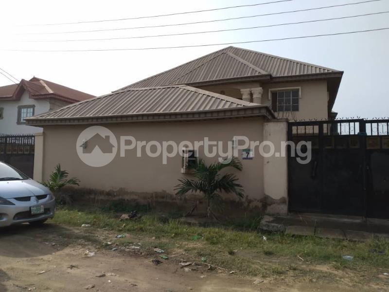 5 bedroom Semi Detached Duplex for sale Olu Odo Estate Ebutte Ikorodu Lagos Ebute Ikorodu Lagos - 11