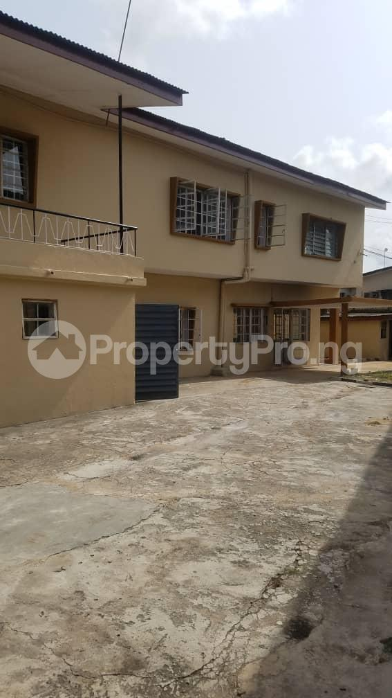 5 bedroom Detached Duplex for rent Surulere Lagos - 4