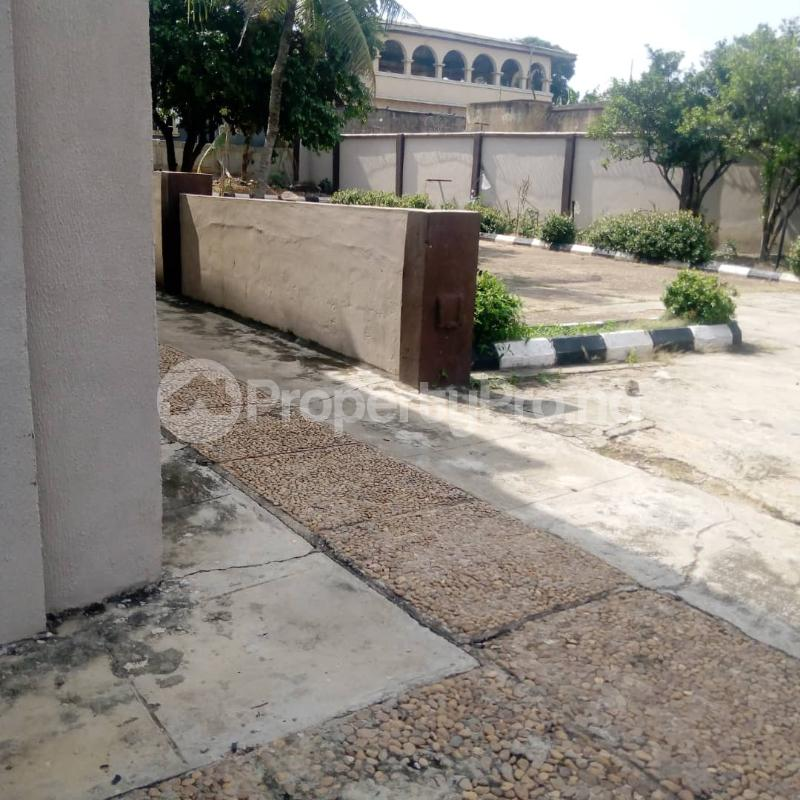 5 bedroom Detached Duplex for rent Bucknor Isolo Lagos - 0