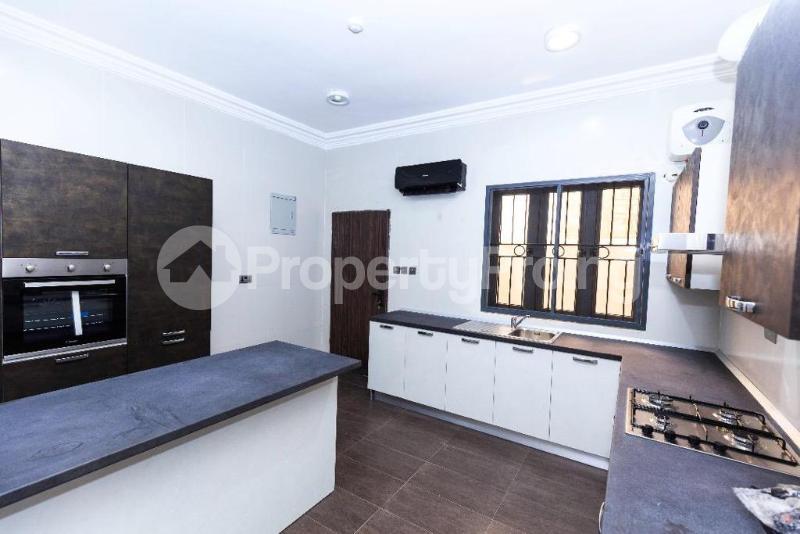 5 bedroom Semi Detached Duplex House for sale . Lekki Phase 1 Lekki Lagos - 4