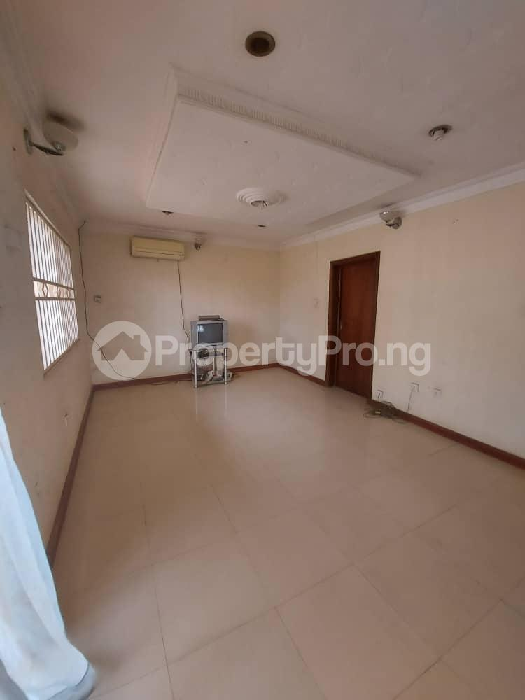 5 bedroom Blocks of Flats for sale   Agric Ikorodu Lagos - 1