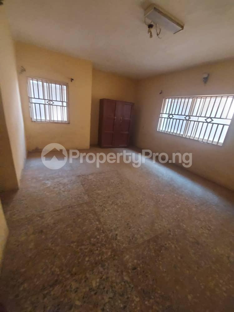5 bedroom Blocks of Flats for sale   Agric Ikorodu Lagos - 12