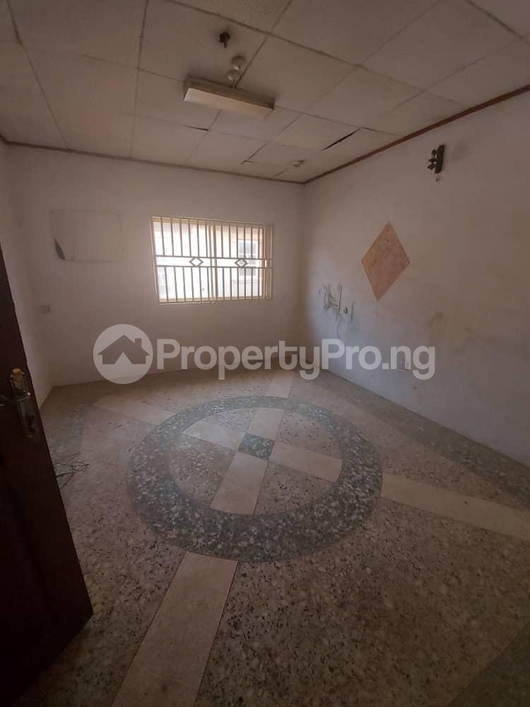 5 bedroom Blocks of Flats for sale   Agric Ikorodu Lagos - 7