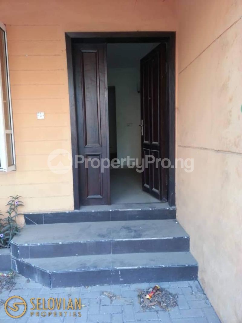 5 bedroom Detached Bungalow House for rent Ayo rosiji crescent  Ikeja GRA Ikeja Lagos - 3