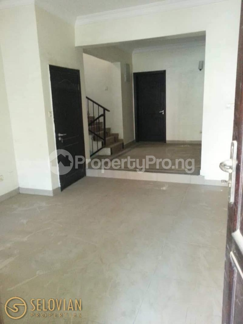 5 bedroom Detached Bungalow House for rent Ayo rosiji crescent  Ikeja GRA Ikeja Lagos - 4