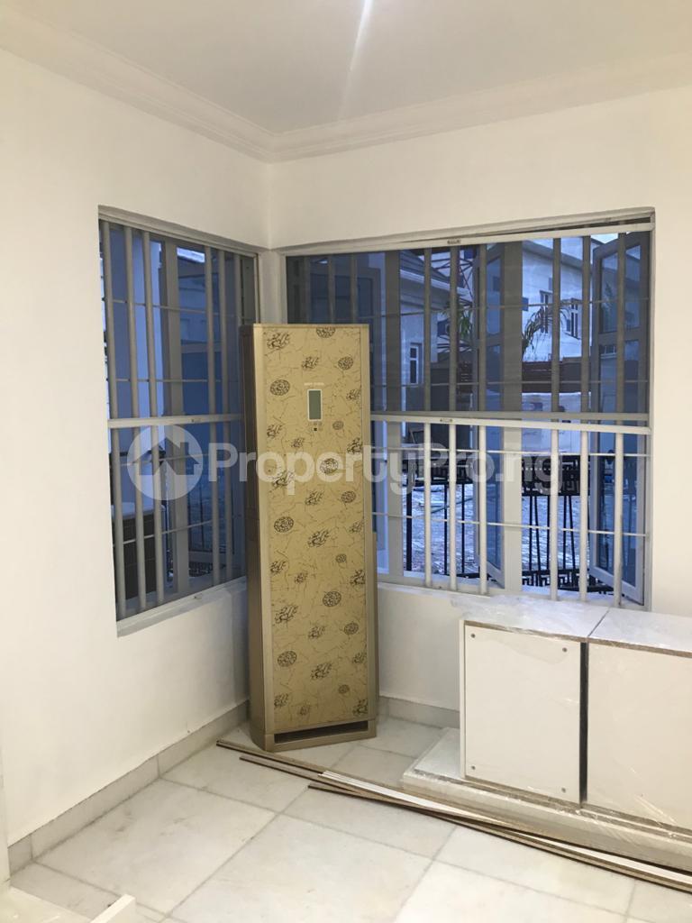 5 bedroom Detached Duplex House for sale Gaduwa Abuja - 0