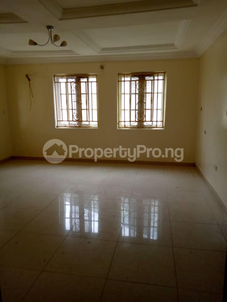 5 bedroom Detached Duplex House for sale Damunde estate ,opposite efab estate. Life Camp Abuja - 6
