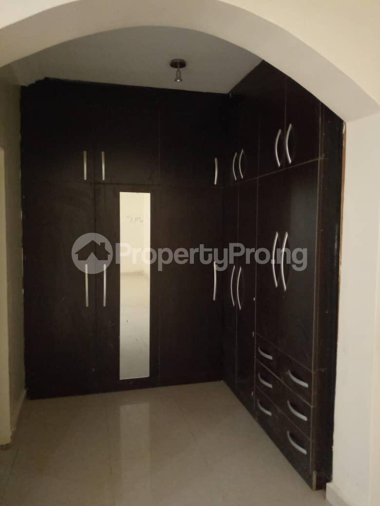 5 bedroom Detached Duplex House for sale Damunde estate ,opposite efab estate. Life Camp Abuja - 3