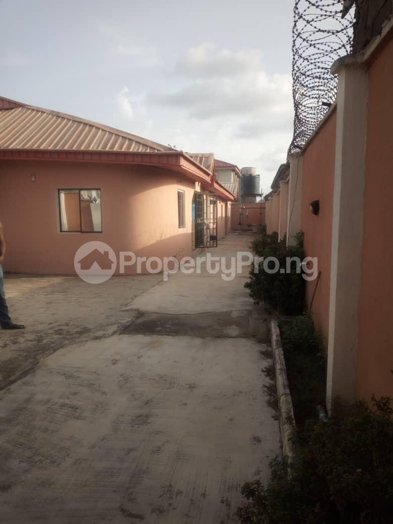 5 bedroom Mini flat for sale Isuti Road Egan Ikotun/Igando Lagos - 2