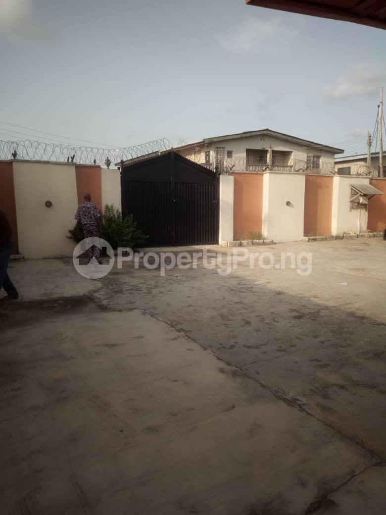 5 bedroom Mini flat for sale Isuti Road Egan Ikotun/Igando Lagos - 1