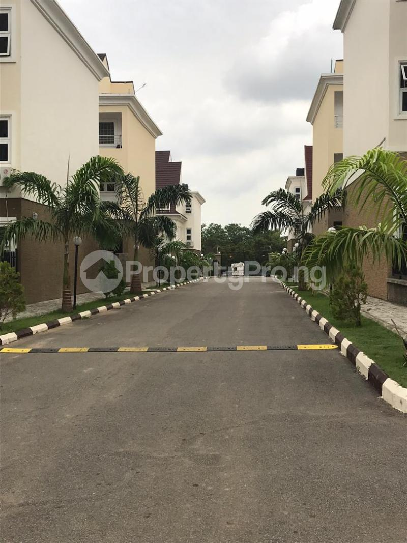 5 bedroom Detached Duplex House for sale Jabi, airport road Jahi Abuja - 6