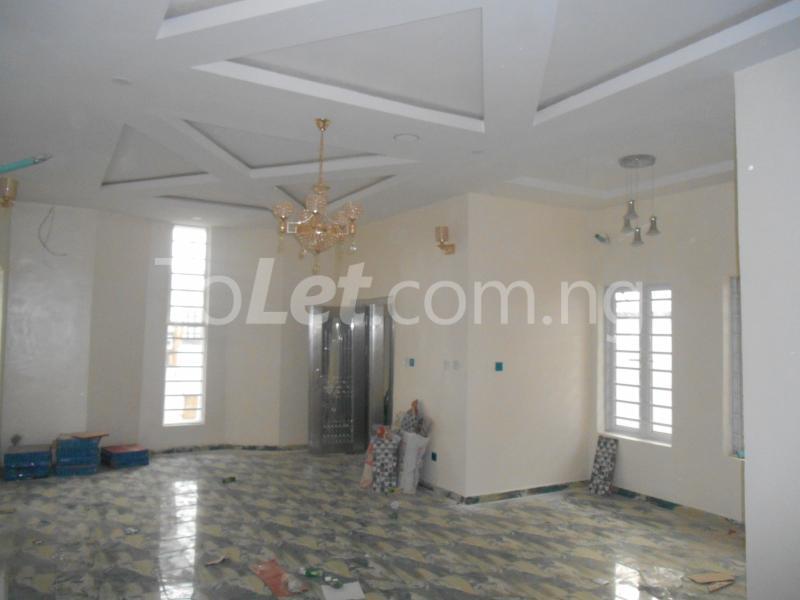 5 bedroom House for sale White Oak Estate, Ologolo Lekki Lagos - 0